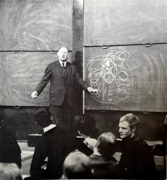 Arthur Korn teaches at the AA